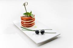 Canape com tomate e queijo Imagem de Stock Royalty Free
