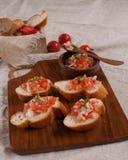 Canape en vers brood. Royalty-vrije Stock Foto's