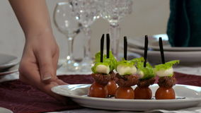 Canape mit Cherry Tomatoes And Mozzarella stock footage