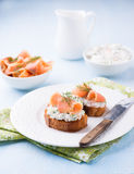 Canapes with smoked salmon and cream cheese Stock Photography