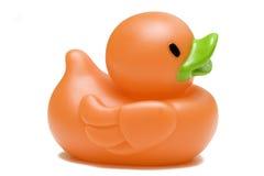 Canard en caoutchouc de jouet d'isolement sur le fond blanc Images stock
