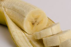 Canarian banan på vit bakgrund royaltyfri foto