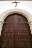 Canarias de Lanzarote Espagne    porte d'église et abrégé sur blanc mur Photo libre de droits
