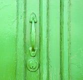 canarias Espagne abstraite en bois fermée verte en laiton Photo stock