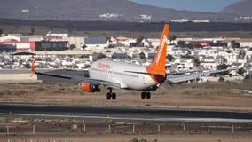 Sunwing Airlines Boeing 737-800 C-GLRN landing on the Lanzarote airport