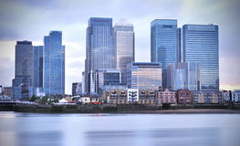 Canary Wharf. Buildings overlooking the river thames Stock Photography