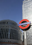 Canary Wharf byggnader i London Royaltyfria Bilder