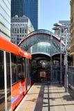 Canary Wharf, DLR-Station in London, Großbritannien Stockbilder
