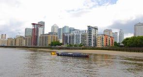 Canary Wharf is een belangrijk bedrijfsdiedistrict in Torengehuchten wordt gevestigd, Oost-Londen Royalty-vrije Stock Foto's