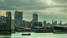 Canary Wharf et O2 l'arène, Canary Wharf, compagnie aérienne d'émirats banque de vidéos