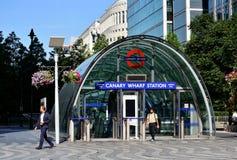 Canary Wharf rörutgång Arkivbild
