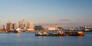 Canary Wharf und Nord-Greenwich Stockfoto