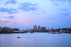 Canary Wharf w wieczór, Londyn Zdjęcie Stock
