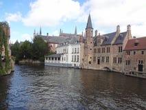 Canaux à Bruges images stock