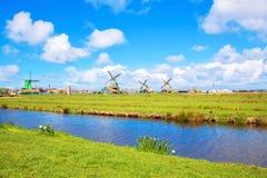 Canaux et moulins à vent Photo stock