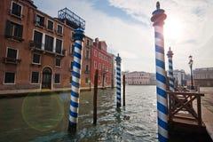 Canaux et rues de Venise Photos stock