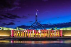 Canberra éclairent le nouveau Parlement Hou de festival Photographie stock libre de droits