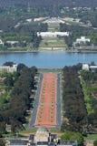 Canberra, Australia - 13 de octubre de 2013: Vista de Canberra de Mt Ainslie Lookout imagen de archivo libre de regalías