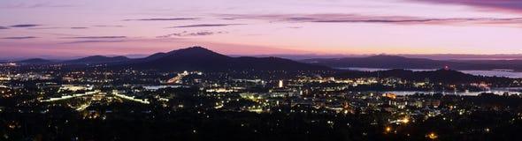 Canberra - panorama de la salida del sol foto de archivo