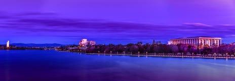 Canberra sjö Burley Griffin National Library Royaltyfri Foto