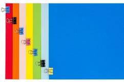 Cancelleria dell'arcobaleno con i morsetti Fotografia Stock Libera da Diritti