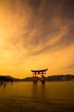 Cancello del santuario del patrimonio mondiale dell'Unesco al crepuscolo Fotografie Stock Libere da Diritti