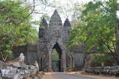 Cancello del sud di Angkor Thom Angkor fotografia stock libera da diritti