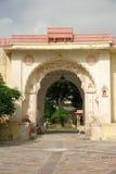 Cancello della fortificazione di Jojawar nel Ragiastan Fotografia Stock Libera da Diritti