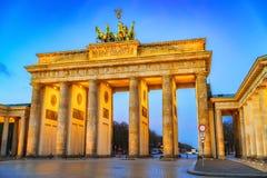 Cancello di Brandeburgo al crepuscolo immagine stock