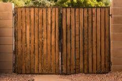 Cancello di legno Immagini Stock