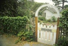 Cancello di legno dell'entrata immagine stock libera da diritti