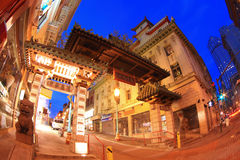Cancello di San Francisco Chinatown alla notte Fotografia Stock Libera da Diritti