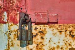 Cancello Locked del metallo immagine stock libera da diritti
