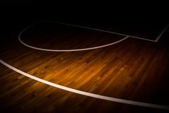 Cancha de básquet de madera del piso Fotos de archivo libres de regalías