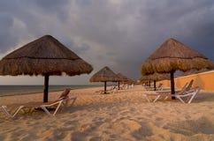 Vroege Ochtend op Strand Cancun Stock Afbeelding