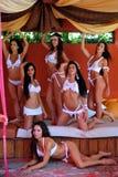 CANCUN MEKSYK, MAJ, - 05: Model poza outside dla białego koszulka projekta Zdjęcia Stock