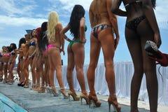 CANCUN MEKSYK, MAJ, - 03: Modela uszeregowanie na scenie podczas półfinałów IBMS 2014 Zdjęcia Royalty Free