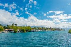 CANCUN MEKSYK, STYCZEŃ, - 10, 2018: Isla Mujeres jest wyspą w morzu karaibskim, wokoło 13 kilometru z Jukatan Obraz Stock