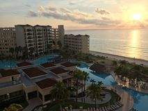Cancun meksykanina linia brzegowa i plaża: Kurort i hotel Obrazy Royalty Free