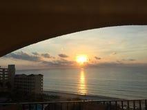 Cancun Mexicaanse Strand en oever: Toevlucht en hotel Stock Foto's