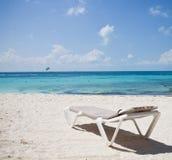 cancun plażowy lounger zdjęcia royalty free