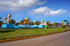Cancun PlazaCeviche fyrkant i Mexico royaltyfri bild