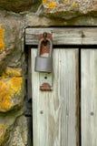 Candado en la puerta Fotos de archivo libres de regalías