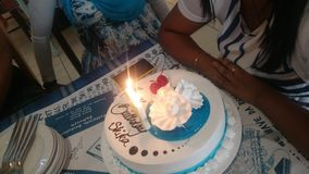 Candela del cioccolato della vaniglia della torta di compleanno Fotografia Stock Libera da Diritti
