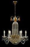 Candelabro contemporâneo do ouro isolado no fundo preto Crystal Chandelier fotos de stock royalty free