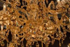 Candelabro de cristal clássico bonito imagem de stock