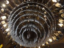 Candelabro enorme dentro da mesquita do alabastro, o Cairo Imagem de Stock