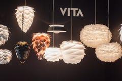 Candelabros modernos na exposição em HOMI, mostra internacional da casa em Milão, Itália Imagem de Stock Royalty Free