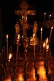 Candele Burning sull'altare Immagine Stock Libera da Diritti