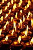 Candele Burning in tempiale buddista Dharamsala, Himachal Pradesh Fotografie Stock